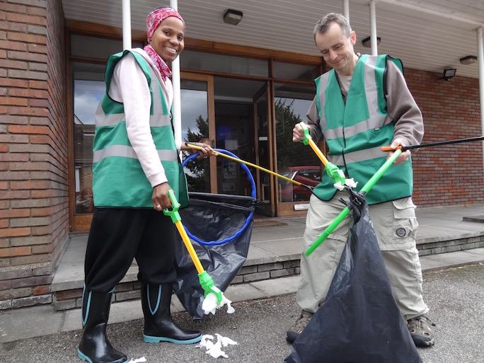 Our Milton Keynes Friends pick up litter